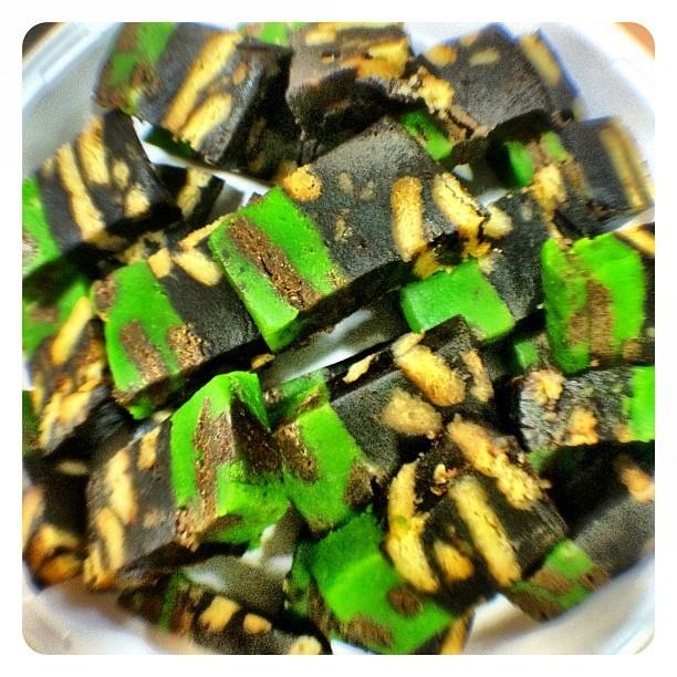 Kek Batik Empire - Resepi Mudah dan Ringkas
