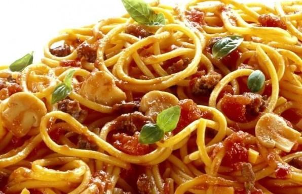 spaghetti_bolognese_with_mushrooms_941599_4
